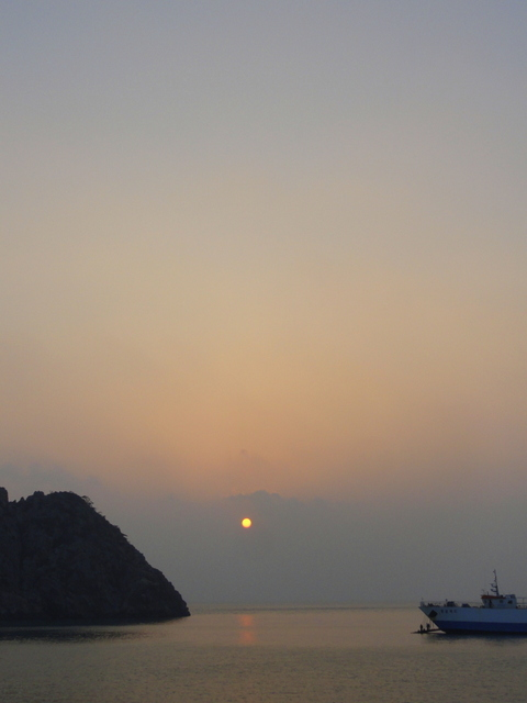 Sunrise over Hongdo